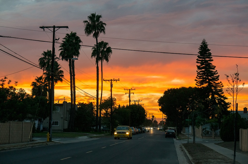 ¿Buscando algo que hacer en East Los Angeles? Ya sea que esté en un local, sea nuevo en la ciudad o simplemente esté de paso, tenemos las mejores formas para asegurar su estadía.